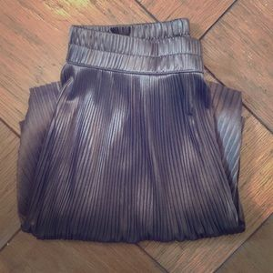 Dresses & Skirts - Shiny high waist copper metallic skirt